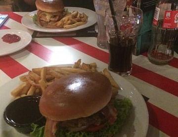 1+1 gratis Burger Gutschein von TGI FRIDAYS