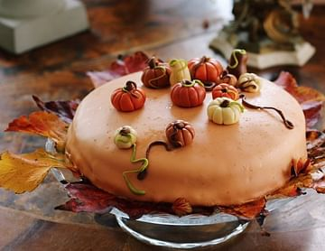 Herbstliche Schoko-Nougatorte mit Vanille-Überraschung