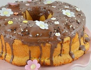 Hefekranz mit Puddingfülle