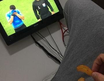 Suarez will meine Chips essen :(