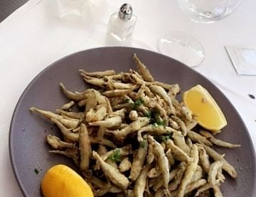 frittierte Sardellen für Frankreich??