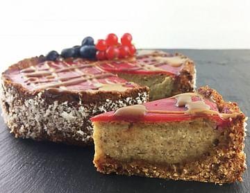 Creamy Dreamy Vegan Raspberry Cheesecake
