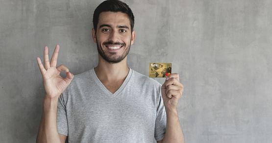 """Die Mastercard Goldvonfree.at bietet dir weltweit volle Flexibilität und Freiheit.Mit unserem free.at Studentenrabatt sicherst du dir 25€ Startguthaben*, wenn du jetzt deine """"free Mastercard Gold"""" bestellst!"""