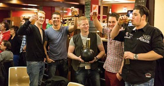 Alpha Bowling Cologne Gutschein Foto 3