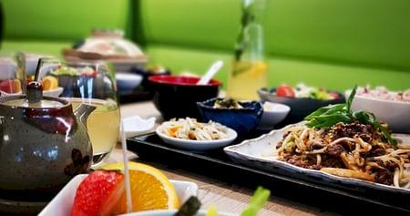 ARIKEI Wien verwöhnt dich mit leckeren Speisen der koreanischen Küche. Als iamstudent PLUS Mitglied sparst du 15% auf deine nächste Take Away Bestellung.