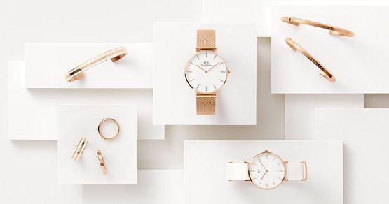 Die Uhren von Daniel Wellington sind besonders stilvolle Zeitmesser. Mit unserem Daniel Wellington Studentenrabatt erhältst15% Nachlass auf das komplette Angebot im Onlineshop.