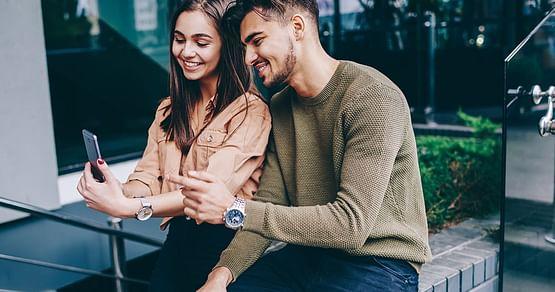 Du suchst den perfekten Handytarif samt Smartphone? Mit unseremDEINHANDY.Studentenrabatt sicherst du dir bei Vertragsabschluss bis zu -30€ auf dein neues Handy und bekommst z.B. dasiPhone 11 für nur 19€ oder dasSamsung Galaxy S10+ für nur 4,95€.