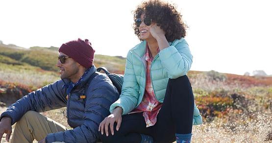 Eine Marke, die verbindet. Dasaus den USA stammende UnternehmenEddie Bauersetzt aufoutdoor-inspirierte Kleidung. Mit unserem Eddie Bauer Studentenrabatt sicherst du dir jetzt -20% auf das gesamte Sortiment!