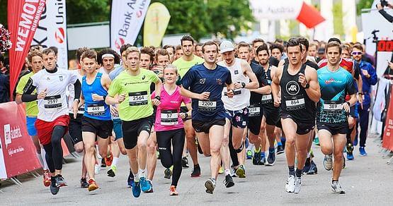 Der iamstudent Vienna UNI-RUN presented by Bank Austriaist das akademische Lauf-Highlight des Jahres!Mit unserem Gutschein sparst du 20% auf die Startgebühr beimLaufeventim Mai!