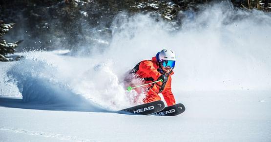 Der nächste Winter kommt bestimmt und mit NAKED Optics steht dem Spaß in den Bergen nichts mehr im Wege. Mit unserem NAKED Optics Studentenrabatt sparst du 11€ beim Kauf einer Skibrille.