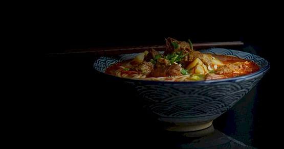 Schlemm dich durch köstliche chinesische Gerichte bei Panda Asia Graz! Als iamstudent PLUS Mitglied bekommst du immer20% Rabatt auf alle Speisen im Restaurant (Take Away) und 10% Rabatt auf alle Artikel im Lebensmittelgeschäft.