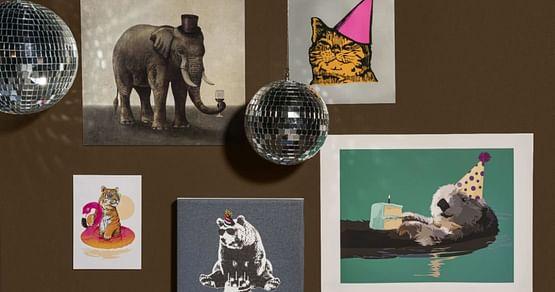 Bei Redbubble erwarten dich zahlreiche kreativ und hochwertig gestaltete Produkte von Künstlern aus der ganzen Welt. Mit unserem Redbubble Studentenrabatt shoppst du im Onlinestore aktuell 15% günstiger!