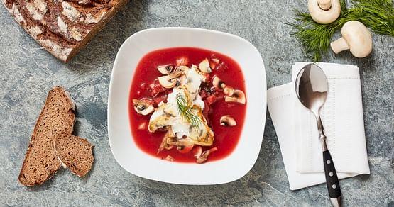 Gibt es in der kalten Jahreszeit eigentlich etwas Besseres als eine warme Suppe? Ja, zwei warme Suppen!Als iamstudent PLUS Mitglied sicherst du dir zwei köstliche Suppen von SOUPKULTUR zum Preis von einer.