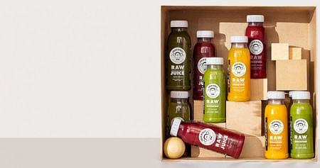 Hol dir deinen täglichen Vitaminkick! Mit unserem Urban Monkey Studentenrabatt profitierst du bei der Bestellung einer Box aus frischen, naturbelassenen und zuckerfreien Urban Monkey Säften, Smoothies und Co. von 10% Nachlass.