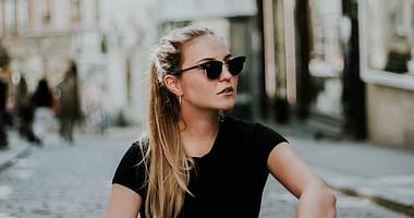 Das Sortiment von sehen!wutscher dreht sich voll & ganz um deine Augen. Mit unserem Gutschein für den Onlineshop von sehen!wutscher bekommst du 15% Studentenrabatt auf alle Sonnenbrillen (auch auf bereits reduzierte Produkte).